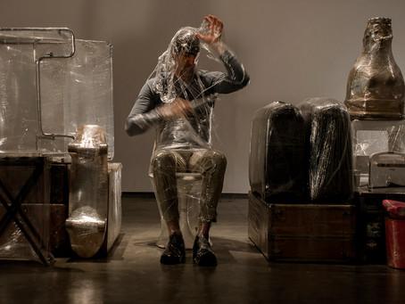 El artista venezolano Pepe López expone en Londres una metáfora de su país