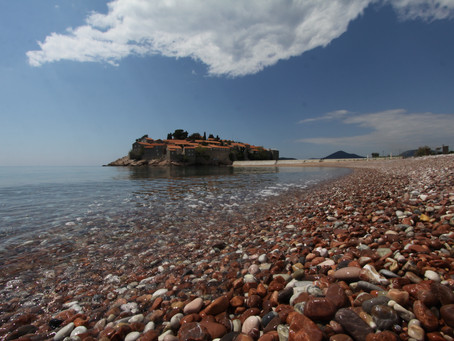 Montenegro Tourism Chases its Neighbours
