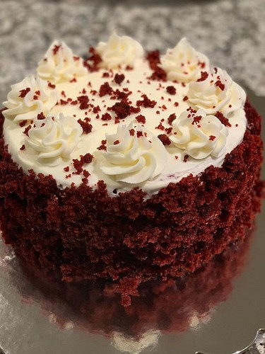 A little victory Mini Red Velvet Cake fo