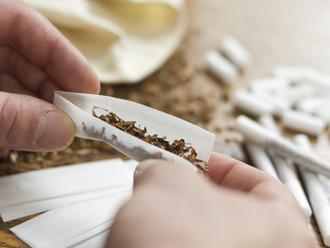 BGH, 18.02.2015 - VIII ZR 186/14: Zur Kündigung wegen Zigarettengeruchs im Treppenhaus