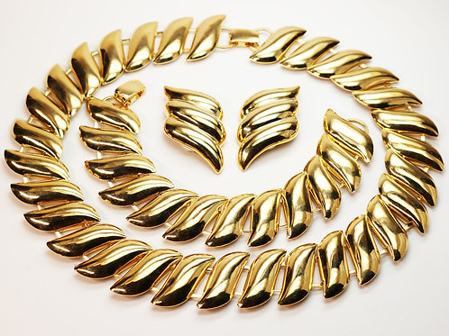 EVOCATIVE VINTAGE 1920s LISNER Necklace and Bracelet & Erwin Pearl Earrings