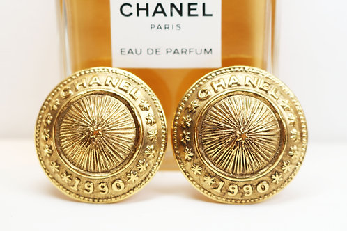 ⚜️ STUNNING CHANEL 1990 CLIP ON BUTTON EARRINGS ~ Authentic Gold Plated
