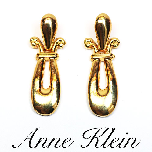 VINTAGE 1970s ANNE KLEIN *signed* Pierced Etruscan Doorknocker Pierced Earrings