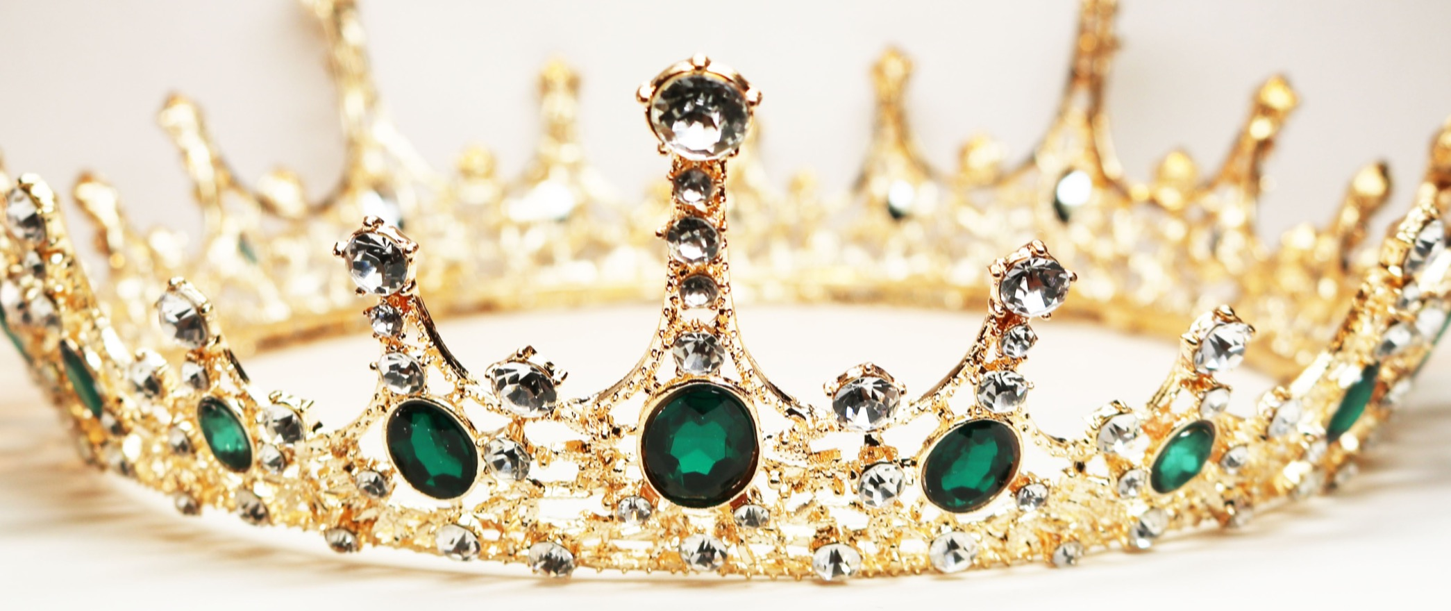 Green Crystal Gold Crown