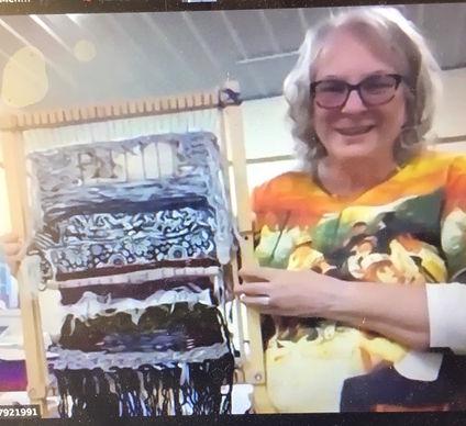 student weaving 12.jpg