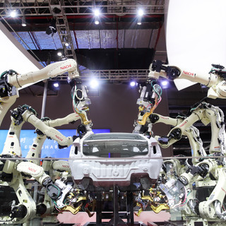 Robotic arms by Nachi-Fujikoshi Corp
