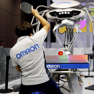Table tennis robot by Omron
