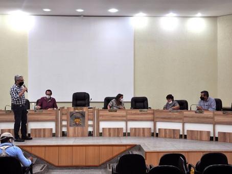 A pedido do presidente da Câmara, Administração Municipal fala sobre as obras em São Gabriel