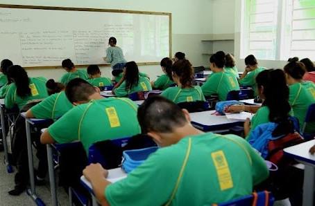 Escolas estaduais de MS retomam aulas 100% presenciais e sem limite de ocupação na segunda-feira