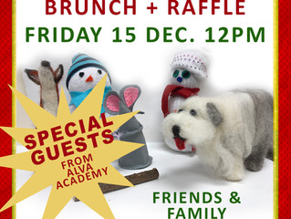Christmas Brunch + Raffle + Music!
