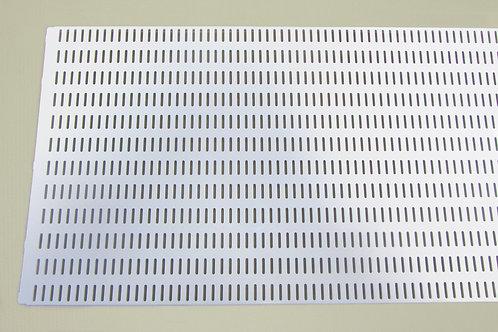 Перфорированная панель 900х382 мм, белая