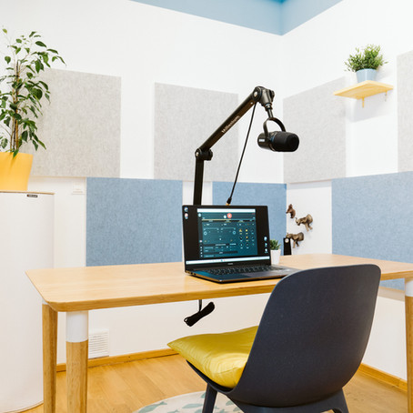THE PODCAST ROOM