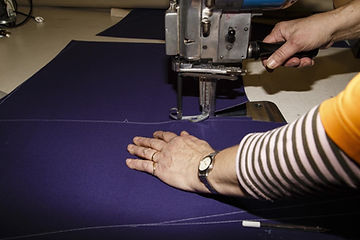 Atelier Material zuschneiden-min.jpg