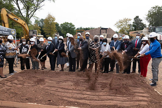 GROUND_BREAKING_L1100191_.jpg