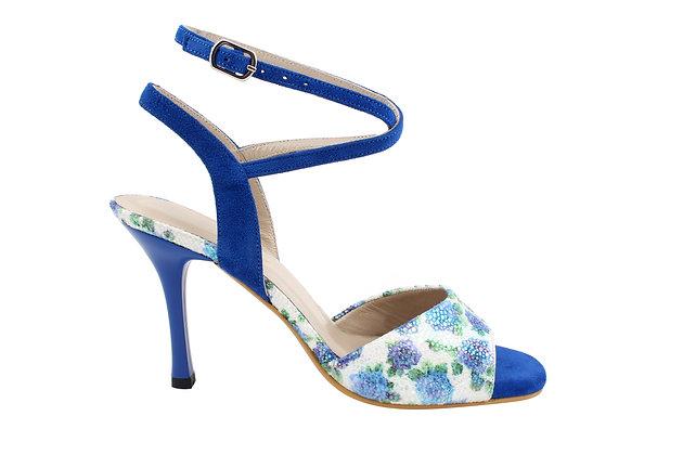 Blue & White lilies