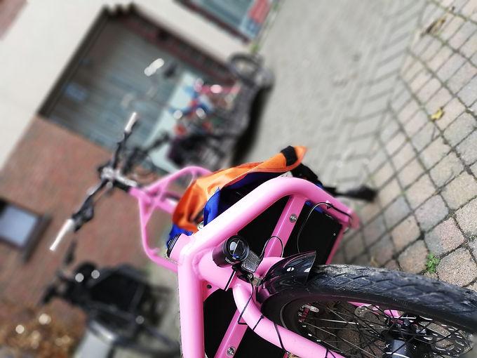 bullitt_pink.jpg