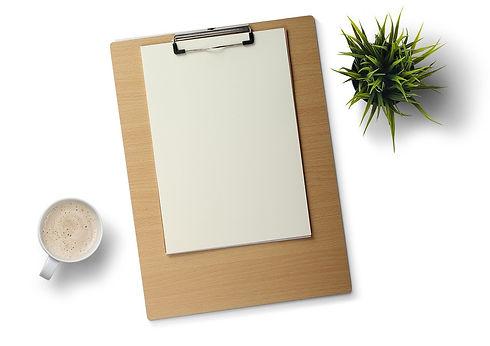 desk-1209778_1280.jpg