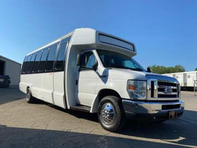 2015 Krystal Shuttle Bus