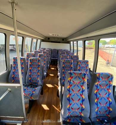 2015-krystal-ford-e450-shuttle-bus-5f452