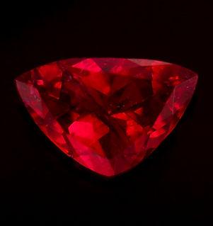 0-40 ct Red Emerald Trillion.jpg
