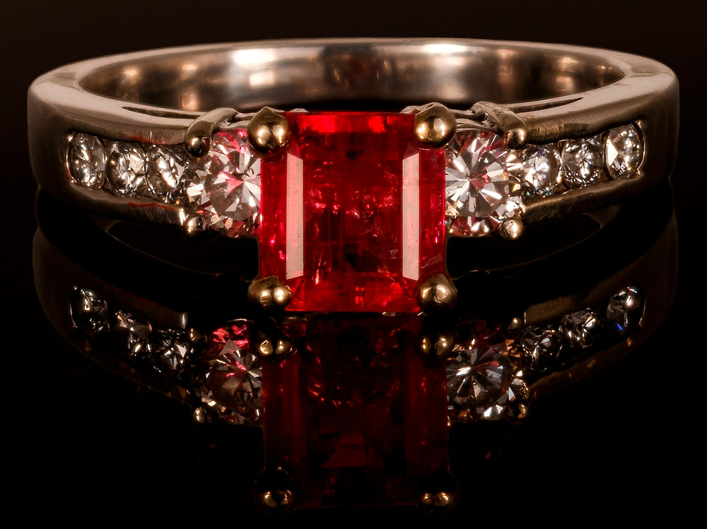 Red Lightning Ring by Bill Vance - Photo by David Rozendaal