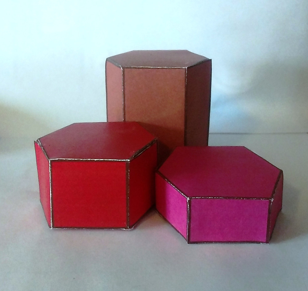 Paper Polyhedra Models of Red Emerald Hexagonal Prisms