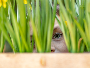 Tips for Taking Spring Photos of Your Kids