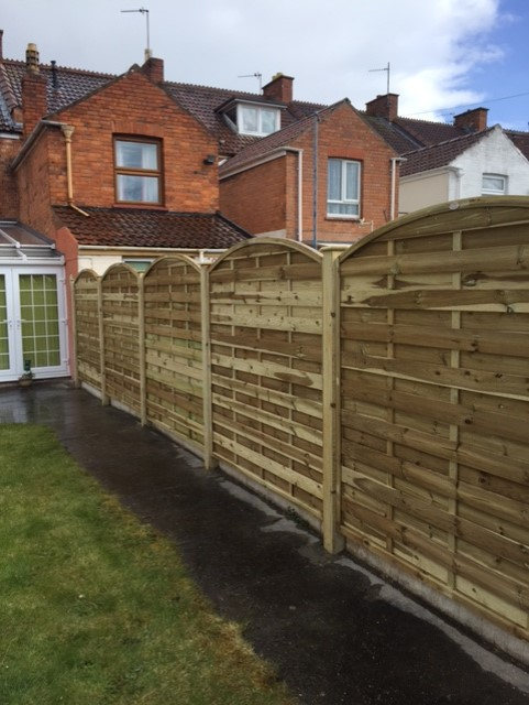 G Roles Fencing | Garden Fence