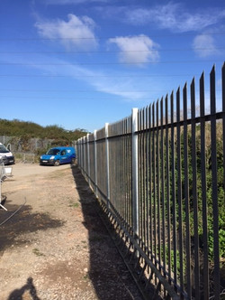 G Roles Fencing | Security Fence