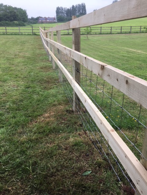 G Roles Fencing | Agricultural Fence