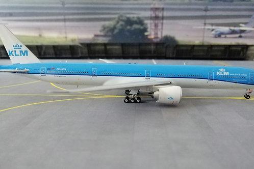 AV400 KLM BOEING B777-300ER PH-BVA  1/400