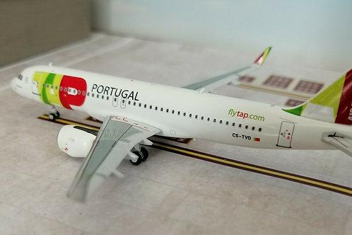 "PANDA MODELS TAP AIR PORTUGAL A320 CS-TVD ""CARLOS PAREDES"" 1/400"