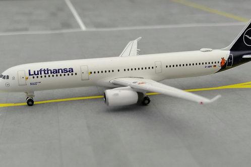 """HERPA LUFTHANSA A321 D-AIRY """"DIE MAUS"""" 1/500"""