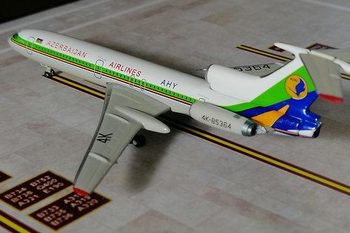 PHOENIX AZERBAIJAN AIRLINES TU-154B  4K-85364  1/400