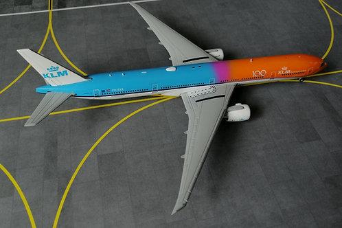 """GEMINI JETS KLM B777-300ER PH-BVA """" ORANGE PRIDE""""  1/400"""