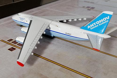 GEMINI JETS ANTONOV AN-124 UR-82027  1/400