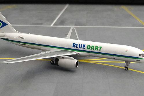NG MODELS BLUE DART BOEING B757-200 VT-BDA 1/400