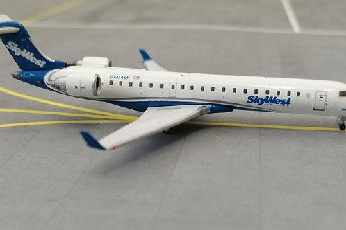 GEMINIE JETS SKYWEST AIRLINES BOMBARDIER CRJ-700 N604SK