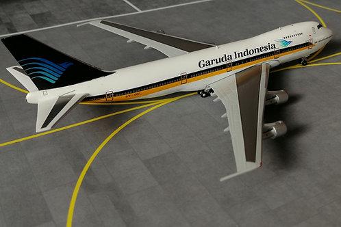 BIG BIRD SINGAPORE AIRLINES/GARUDA INDONESIA HYBRID LIVERY B747-200 9V-SQL 1/400