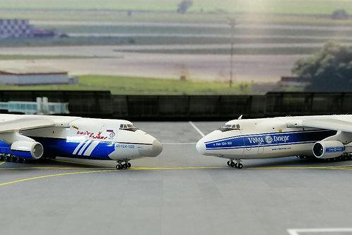 Antonov AN-124 Gemini jets 1/400 RA-82014 / RA-82078