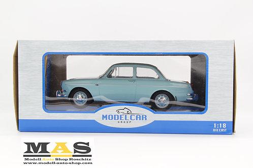 Volkswagen VW 1500 S Typ 3 hellblau 1963 MCG 1/18
