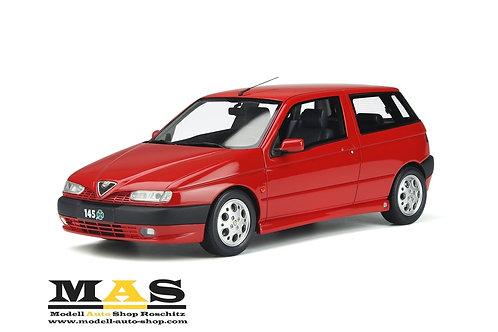 Alfa Romeo 145 Quadrifoglio 1998 rot Otto Mobile 1/18