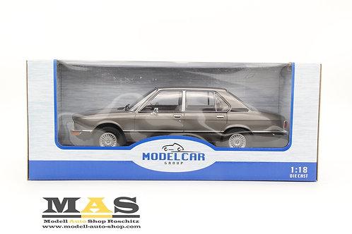 BMW 5er E12 grau 1973 MCG 1/18