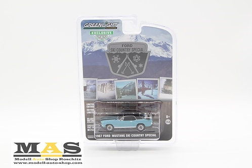 Ford Mustang 1967 Ski Country Special Greenlight 1/64