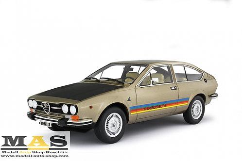 Alfa Romeo Alfetta GTV 2000 Turbodelta 1979 gold met Laudoracing 1/18