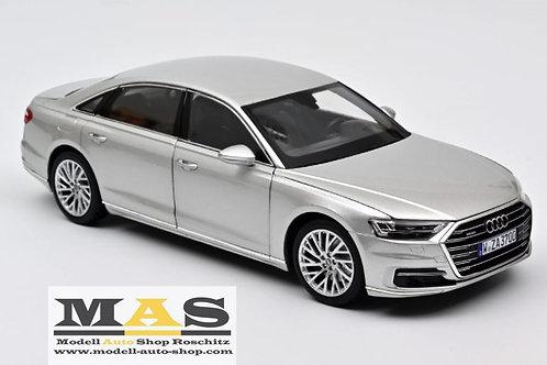 Audi A8 L 2018 silber Norev 1/18