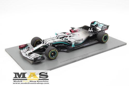 Mercedes AMG W11 L. Hamilton Test Barcelona 2020 Spark 1/18