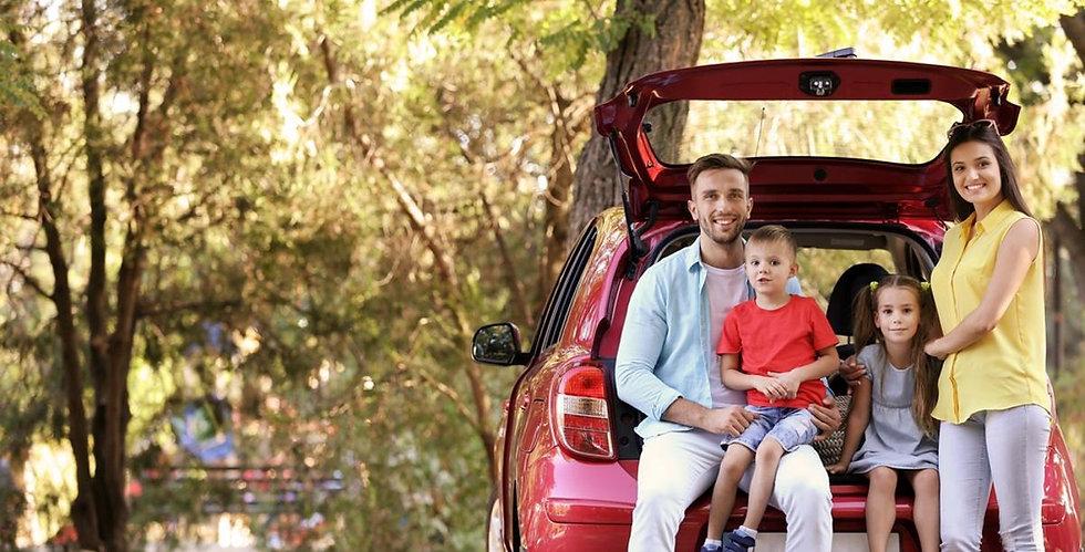 viagem-carro-viajar-familia-porta-malas-