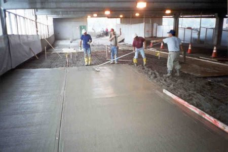 Finishing of topping concrete