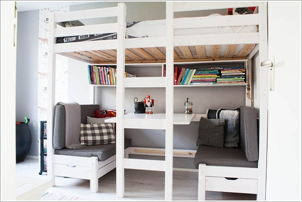 Bed with benches to enjoy story time